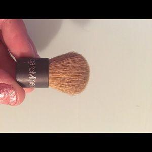 Teeny brush